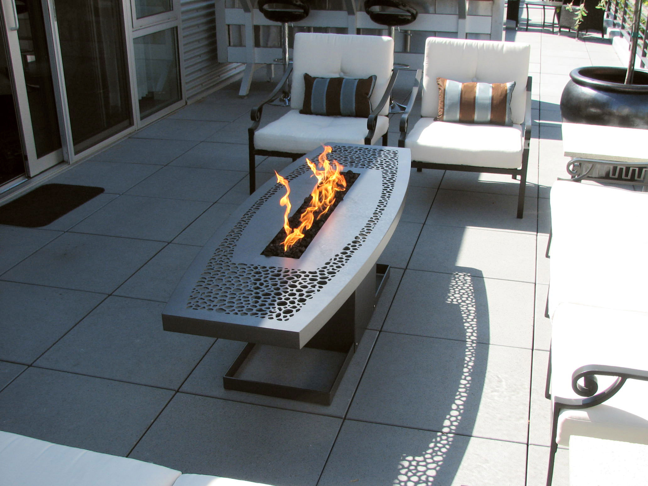 Amazing Outdoor Propane Fire Tables 2063 x 1548 · 360 kB · jpeg